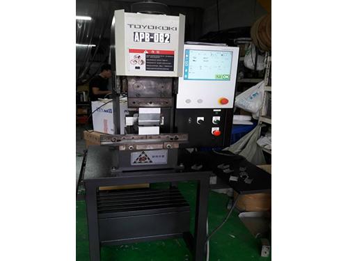 DNC/CNC伺服油壓折床電腦控制器